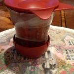 8、まだまだ茶葉からいい成分が出るので2回目突入!フタをしてお風呂に入ってきます。いい色です